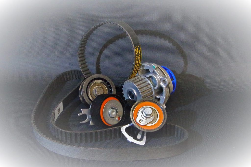 8 Reasons Why Your Car Engine Making a Rattling Noise - Broken or Cracked Timing Belt
