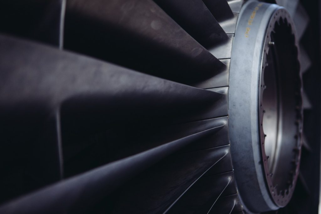 8 Reasons Why Your Car Engine Making a Rattling Noise - Faulty Fan Clutch