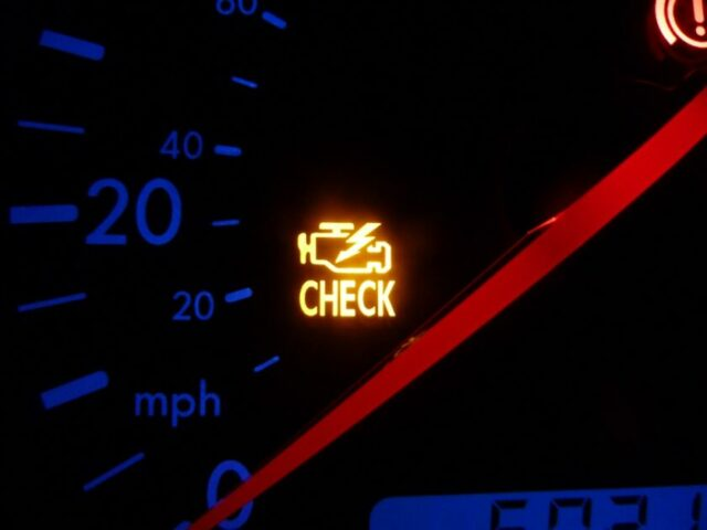 Can Check Engine Light Turn Itself Off - YES