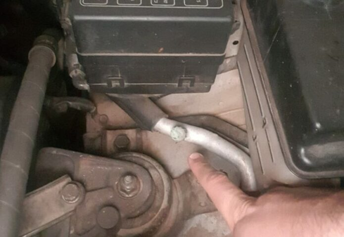 How to Find a Leak in your AC System using a UV Dye